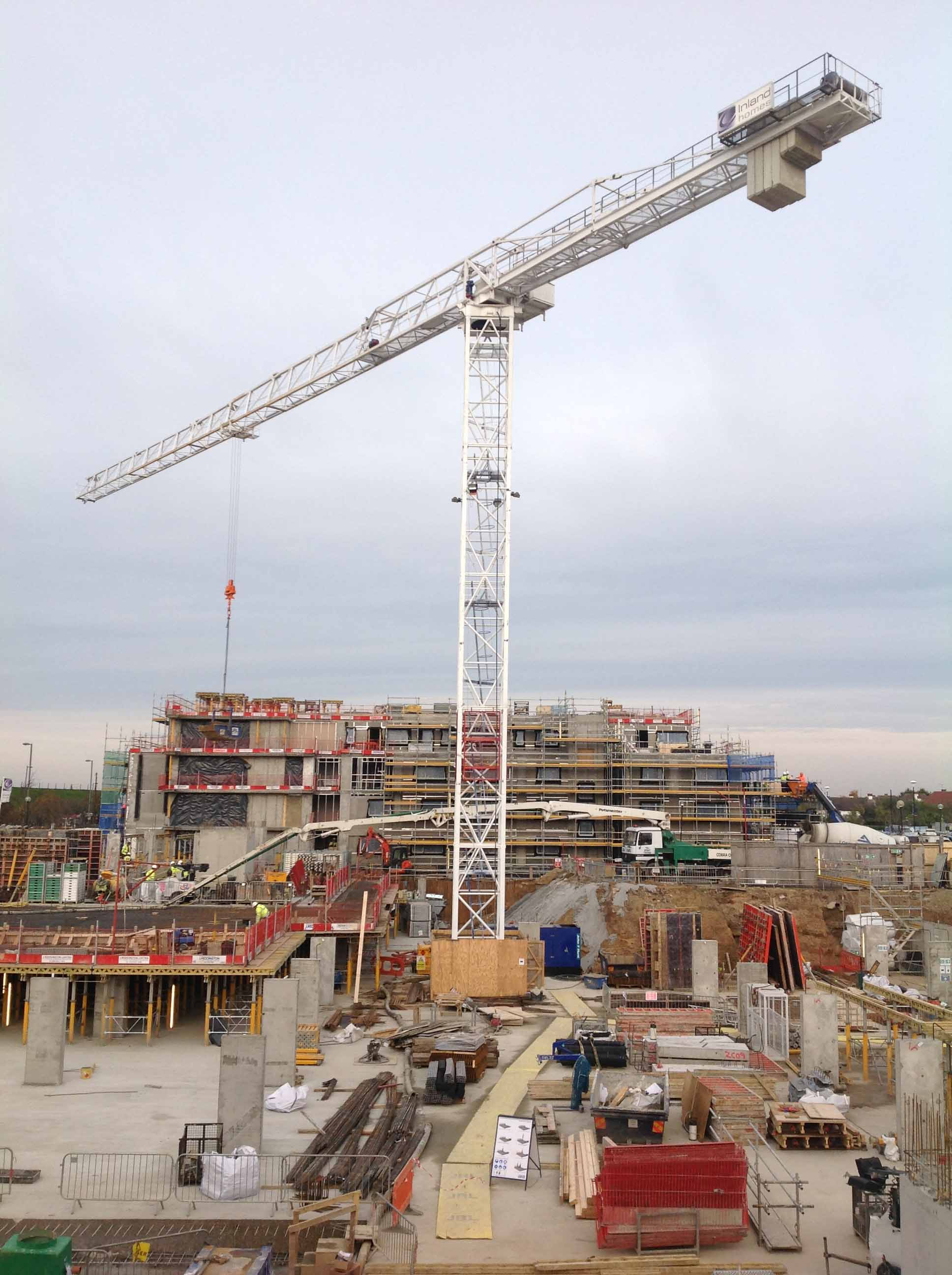 Use of tower crane in construction